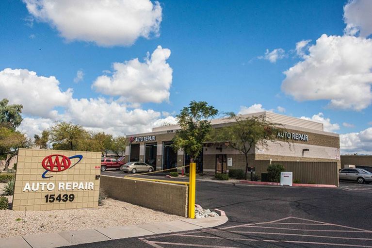 AAA Paradise Valley Auto Repair Property Image