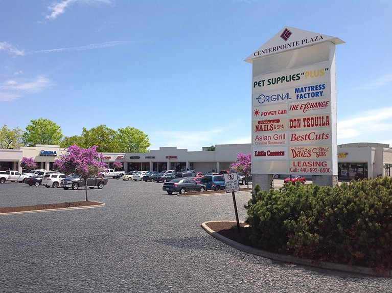 Centerpointe Plaza Property Image