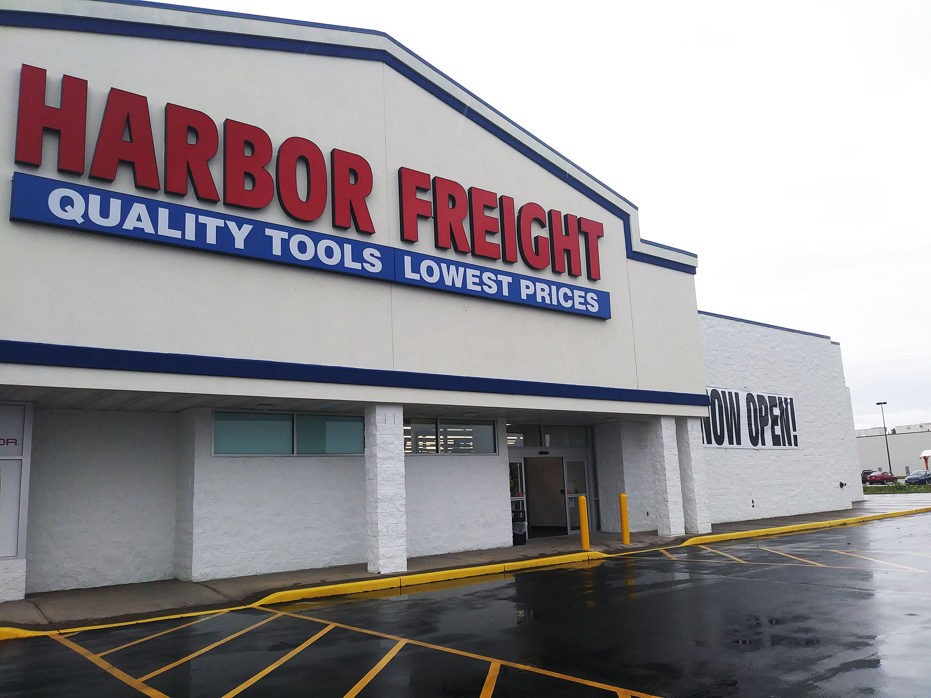 Harbor Freight Tools Signs Lease in Rome, New York