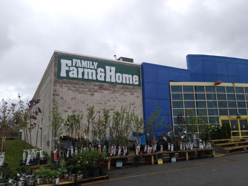 Mansfield, Ohio Welcomes Family Farm & Home