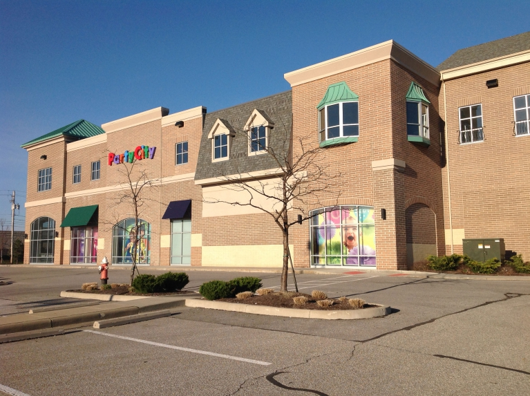 North Olmsted Towne Center East Property Image